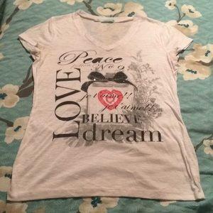 5/$20 ⬇️ SALE Maurice's medium shirt